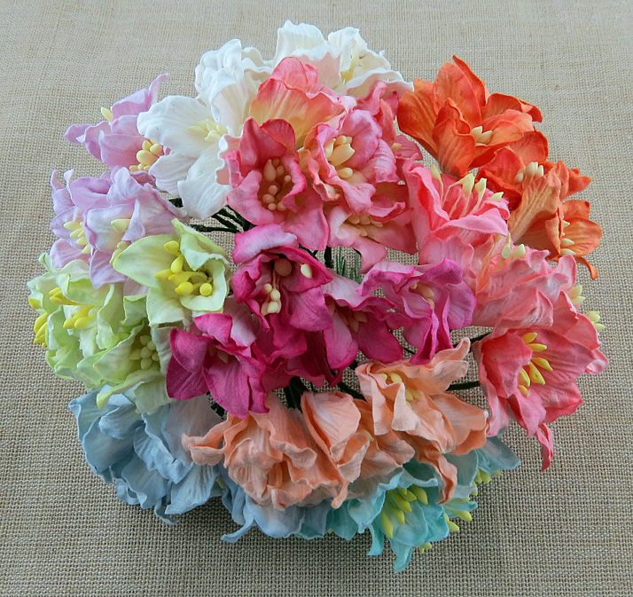50 MIXED COLOUR MULBERRY PAPER LILY FLOWERS