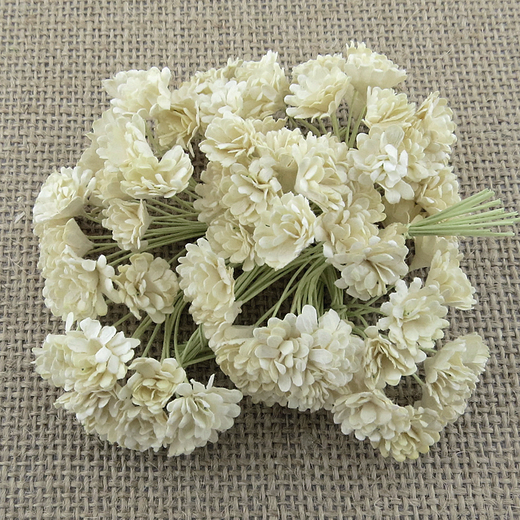 100 IVORY MULBERRY PAPER GYPSOPHILA FLOWERS
