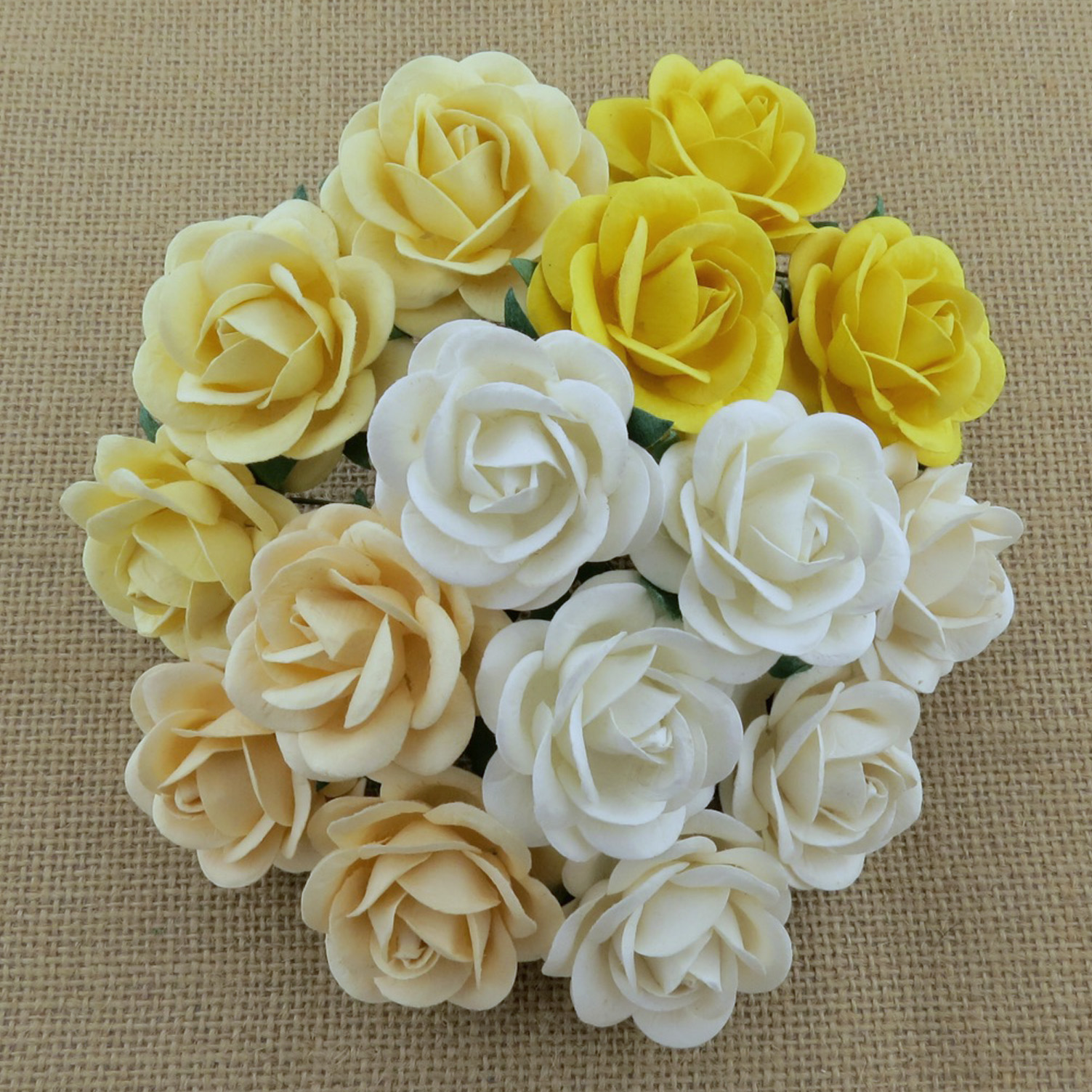 50 MIXED WHITE/CREAM MULBERRY PAPER TRELLIS ROSES - 5 COLOR
