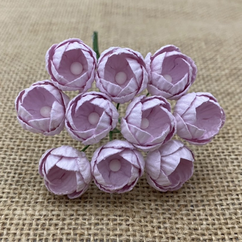 50 PALE LILAC MULBERRY PAPER BUTTERCUPS