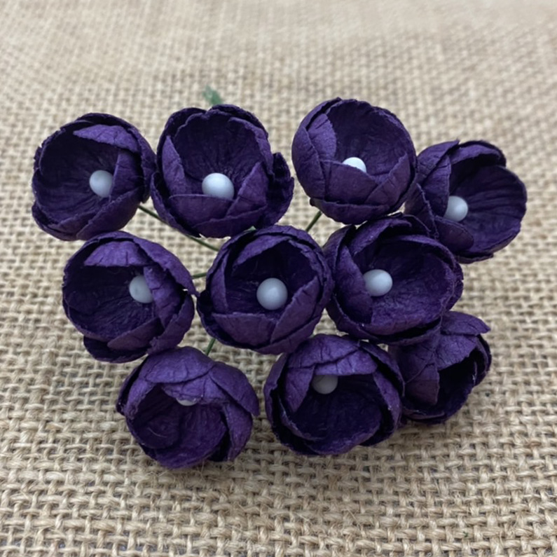 50 PURPLE MULBERRY PAPER BUTTERCUPS